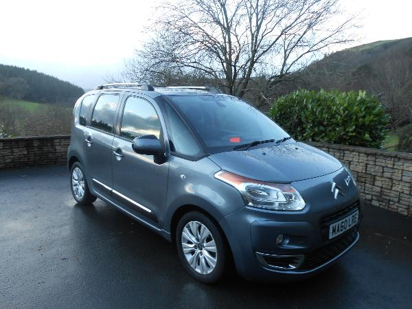 citroen c3 picasso 1 6 hdi 90 exclusive car for sale llanidloes powys mid wales kevin jones cars. Black Bedroom Furniture Sets. Home Design Ideas