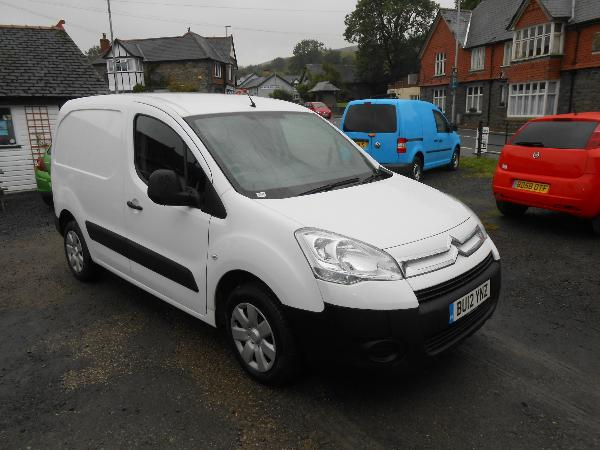 citroen berlingo 1 6 hdi 90 850 lx car for sale llanidloes powys mid wales kevin jones cars. Black Bedroom Furniture Sets. Home Design Ideas