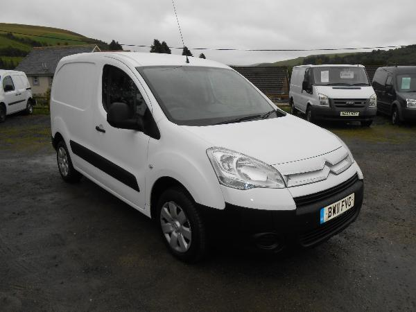 citroen berlingo 1 6 hdi 850 enterprise car for sale llanidloes powys mid wales kevin jones cars. Black Bedroom Furniture Sets. Home Design Ideas