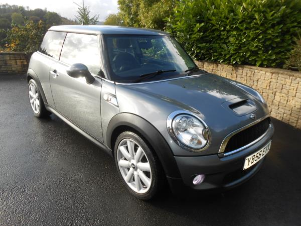 mini cooper s 1 6 chilli pack car for sale llanidloes powys mid wales kevin jones cars used. Black Bedroom Furniture Sets. Home Design Ideas