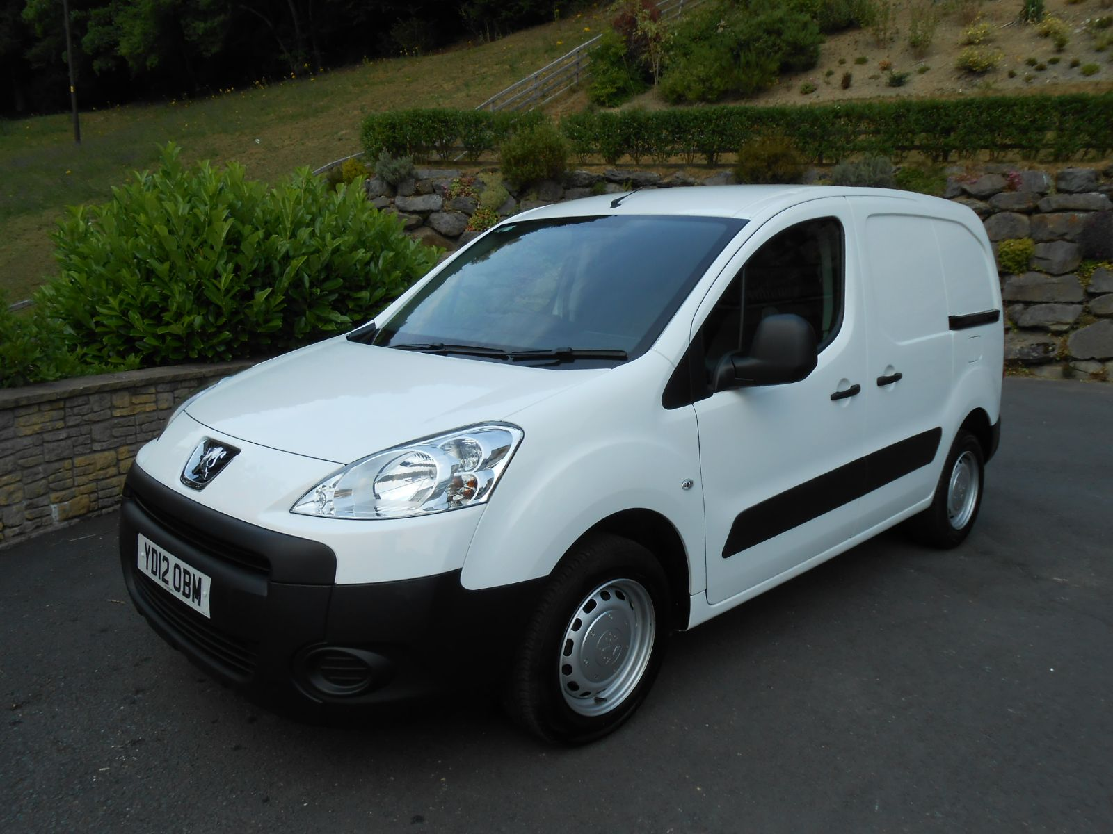 Peugeot Partner 1 6 Hdi 90 L1 850 S Car For Sale Llanidloes Powys Mid Wales Kevin