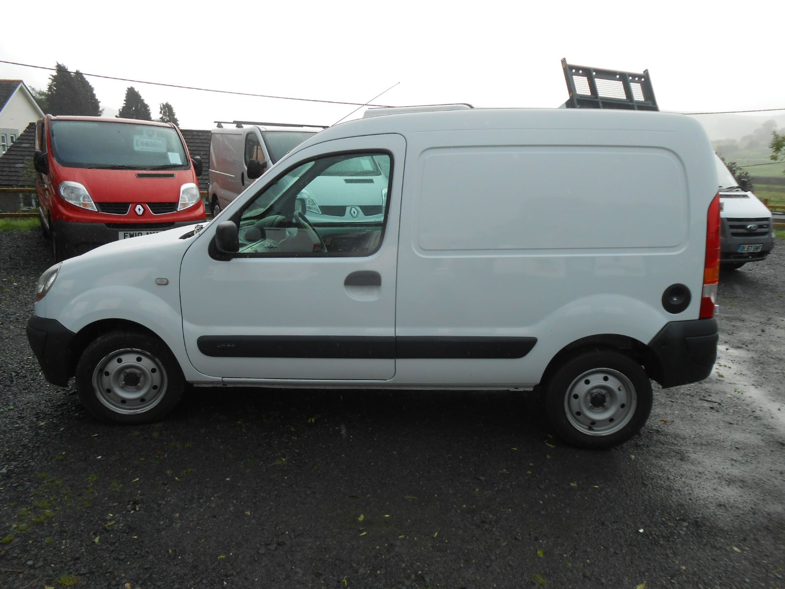 renault kangoo 1 5 dci 70 sl17 car for sale llanidloes powys mid wales kevin jones cars used. Black Bedroom Furniture Sets. Home Design Ideas