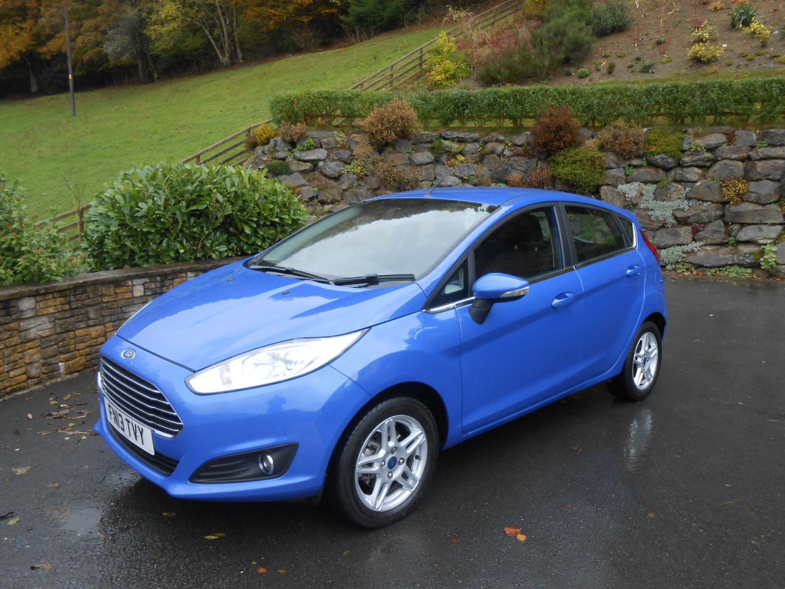 Ford Fiesta 1 0 80ps Zetec S S Car For Sale Llanidloes