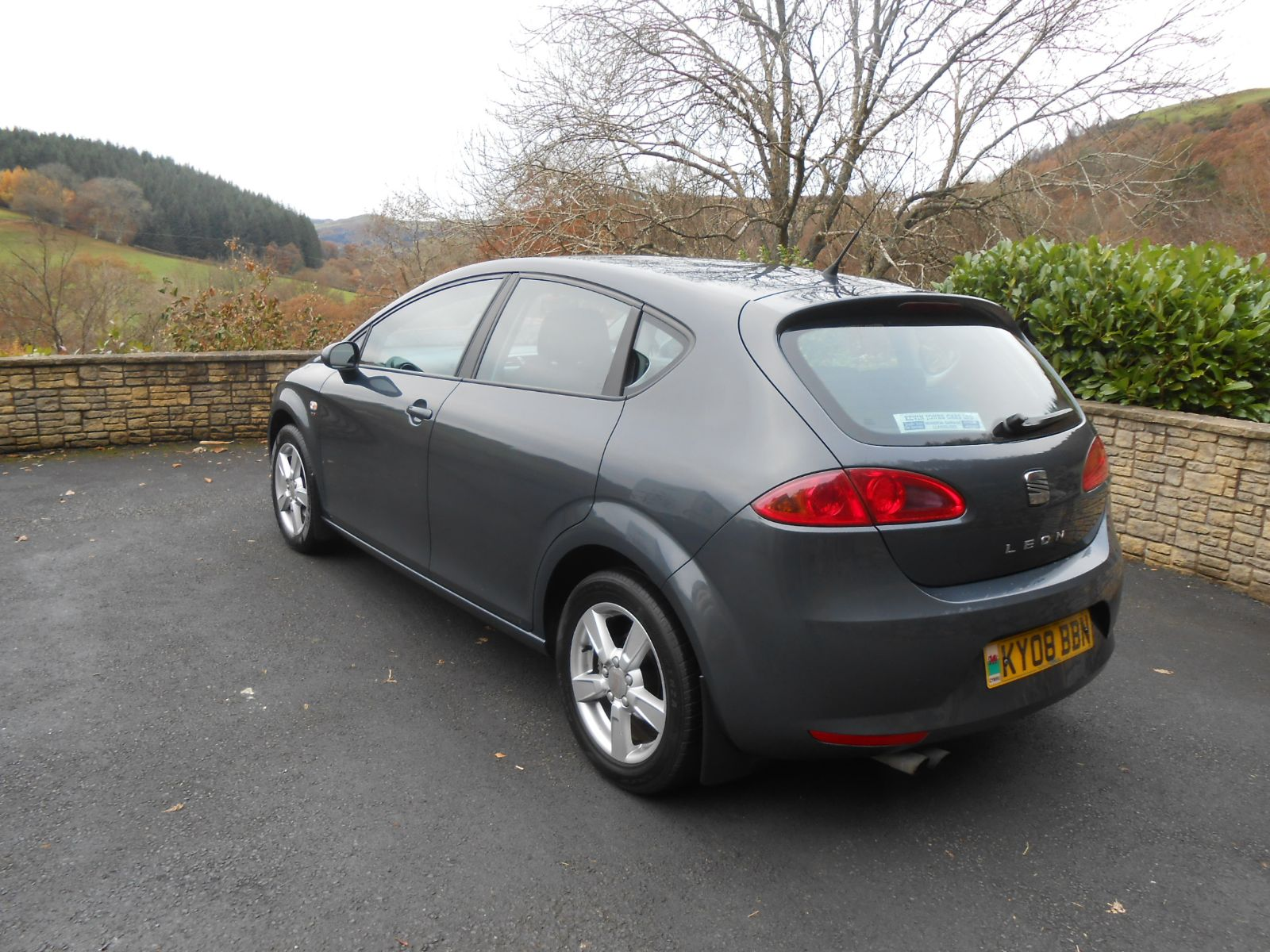 seat leon 2 0 tdi 140 reference sport car for sale llanidloes powys mid wales kevin jones cars. Black Bedroom Furniture Sets. Home Design Ideas