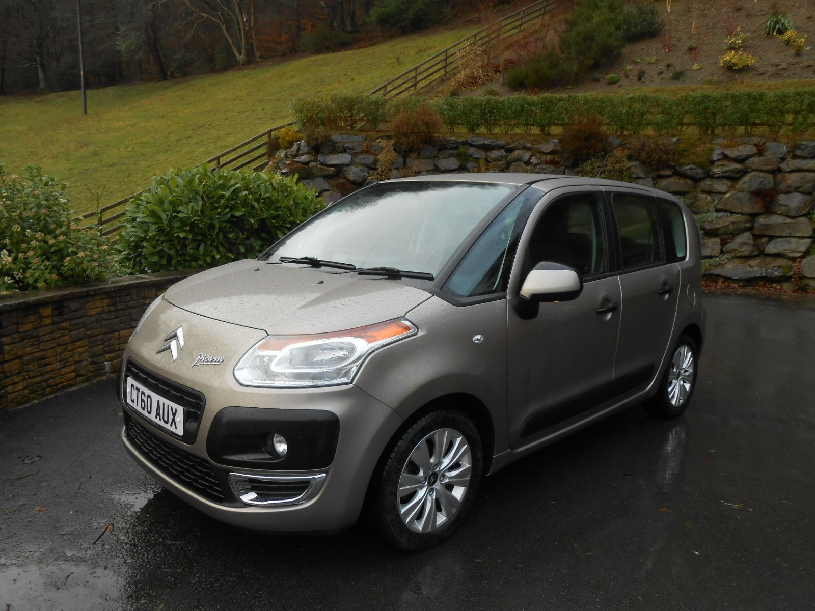 citroen c3 picasso 1 6 hdi airdream car for sale llanidloes powys mid wales kevin jones cars. Black Bedroom Furniture Sets. Home Design Ideas