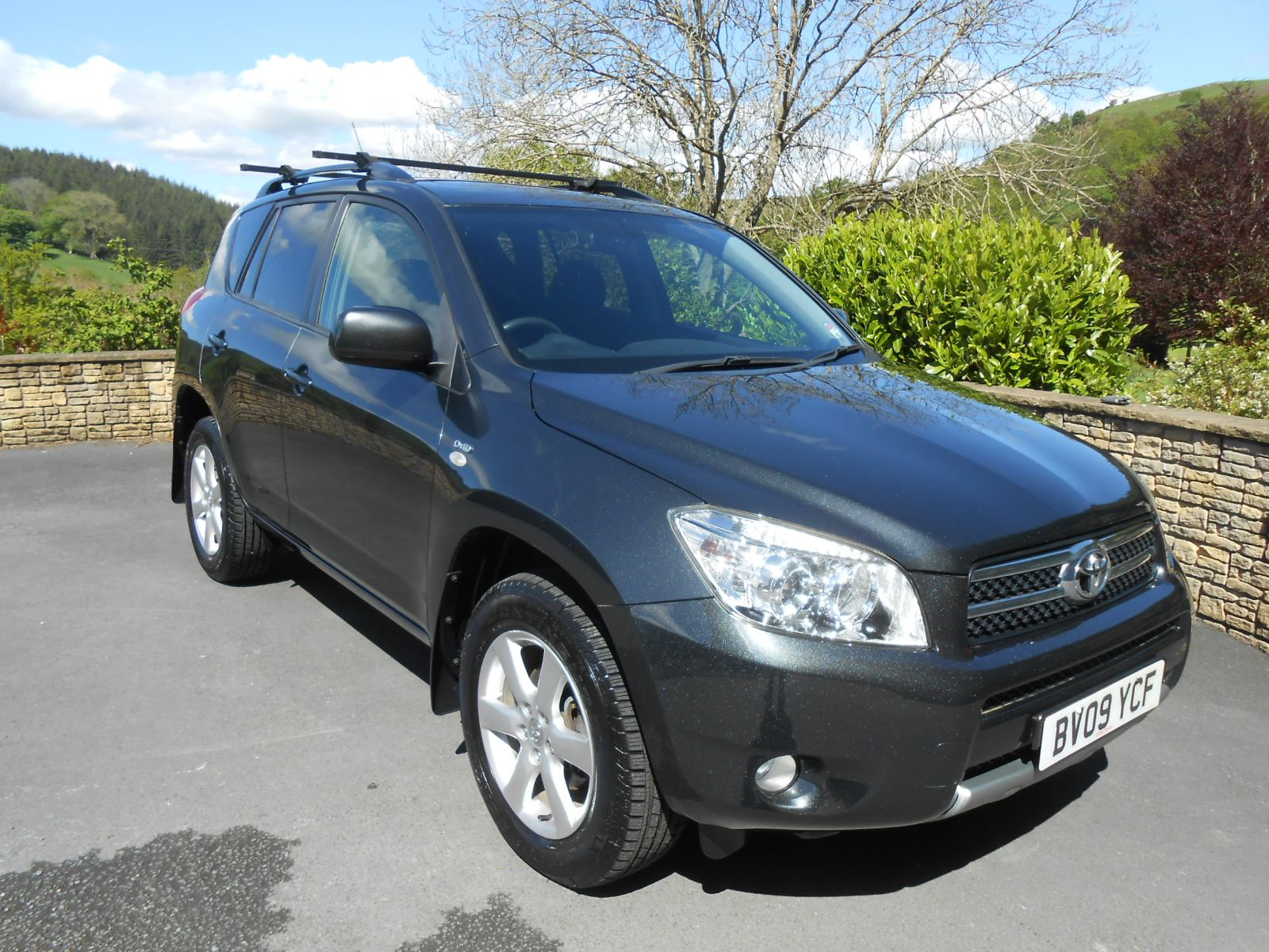 toyota rav4 2 2 d 4d xt r car for sale llanidloes powys mid wales kevin jones cars used cars. Black Bedroom Furniture Sets. Home Design Ideas