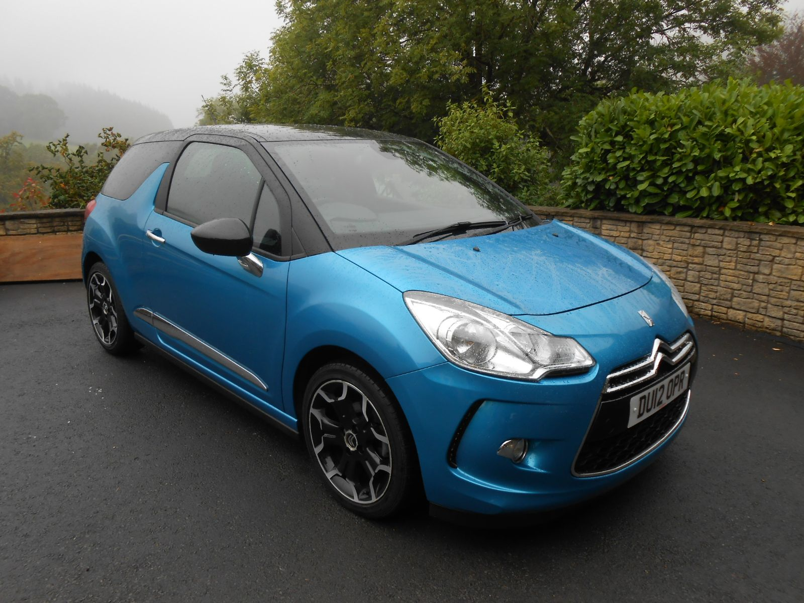 citroen ds3 1 6 vti dstyle 3 door car for sale llanidloes powys mid wales kevin jones cars. Black Bedroom Furniture Sets. Home Design Ideas