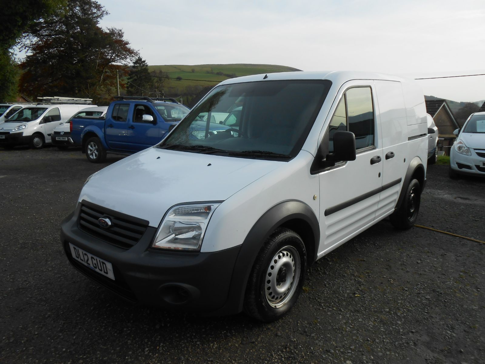 ford transit connect 1 8 tdci t200 car for sale llanidloes powys mid wales kevin jones cars Transit Connect Cargo Transit Connect Interior