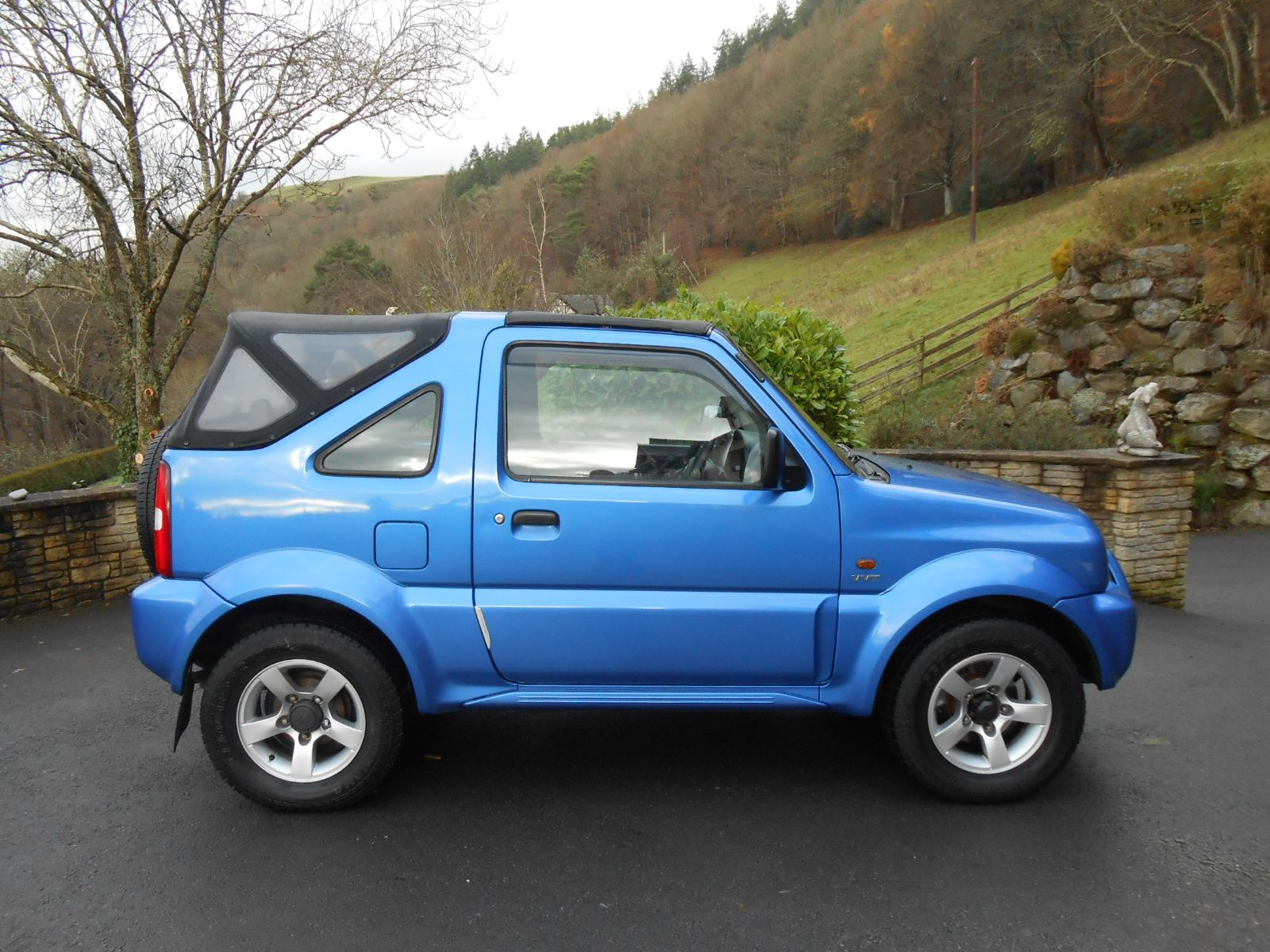 suzuki jimny convertible 1 3 vvts 4wd car for sale llanidloes powys mid wales kevin jones cars. Black Bedroom Furniture Sets. Home Design Ideas