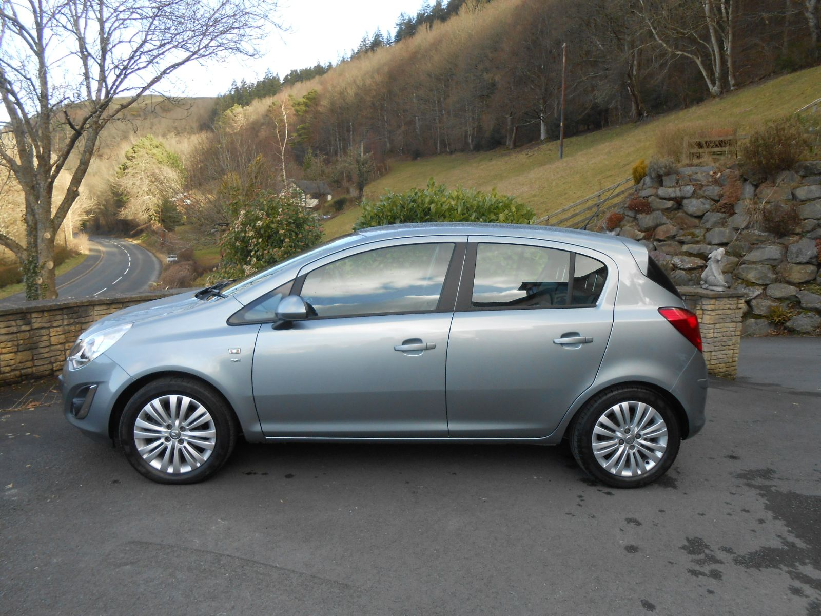 Vauxhall Corsa 1 4 Se 5 Door Car For Sale Llanidloes Powys