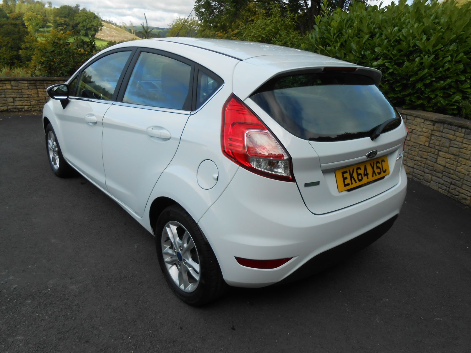 ford fiesta 1 0 ecoboost 100 zetec 5 door car for sale llanidloes powys mid wales kevin jones. Black Bedroom Furniture Sets. Home Design Ideas
