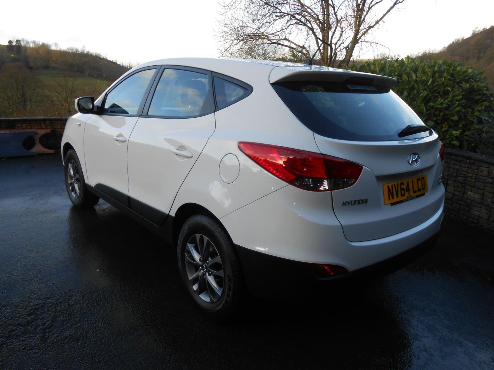 Hyundai Ix35 1 7 Crdi S 5 Door Car For Sale Llanidloes border=