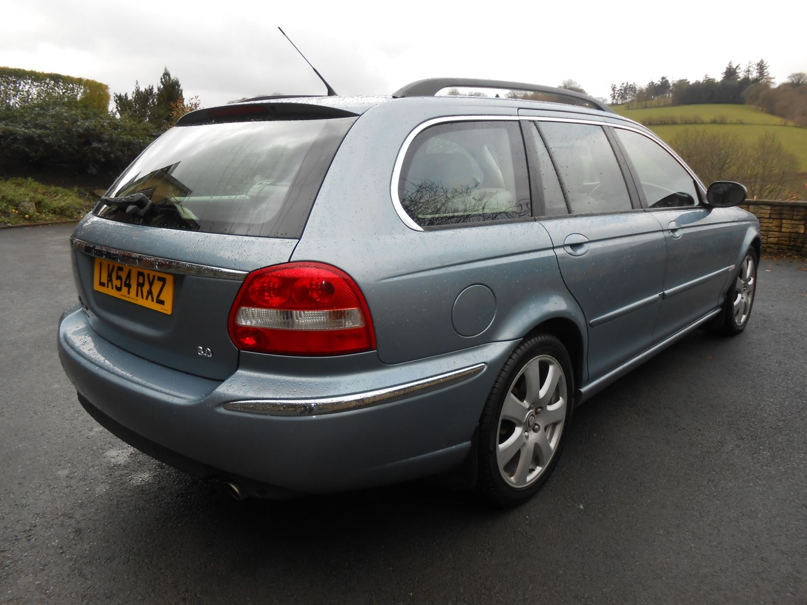 jaguar x type 3 0 v6 se estate awd car for sale llanidloes powys mid wales kevin jones cars. Black Bedroom Furniture Sets. Home Design Ideas