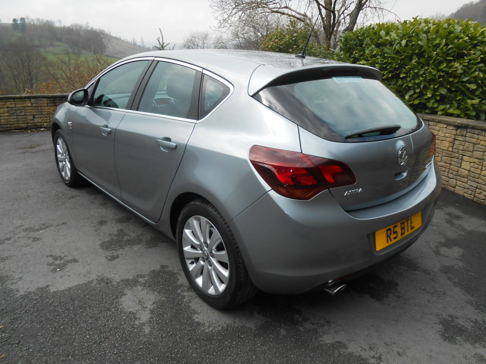 Vauxhall Astra 2 0 Cdti Elite 5 Door Automatic Car For