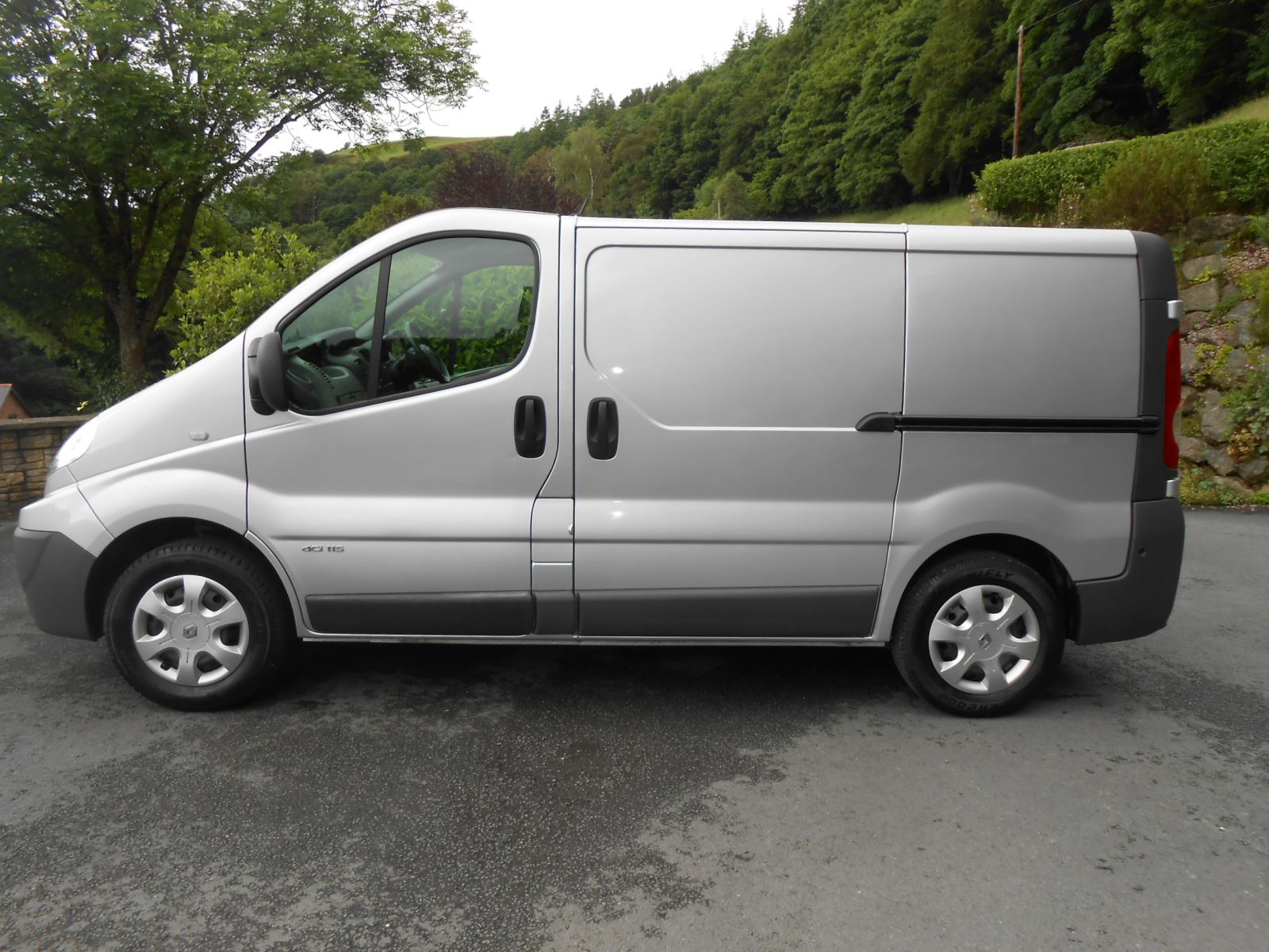 Renault Traffic 2 0 Dci 115 Sl29 Car For Sale Llanidloes