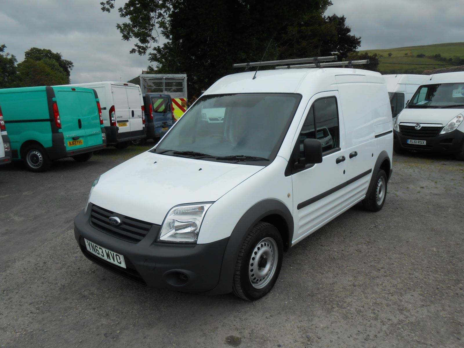 ford transit connect 1 8 tdci 110 t230 lwb high roof car for sale llanidloes powys mid wales. Black Bedroom Furniture Sets. Home Design Ideas