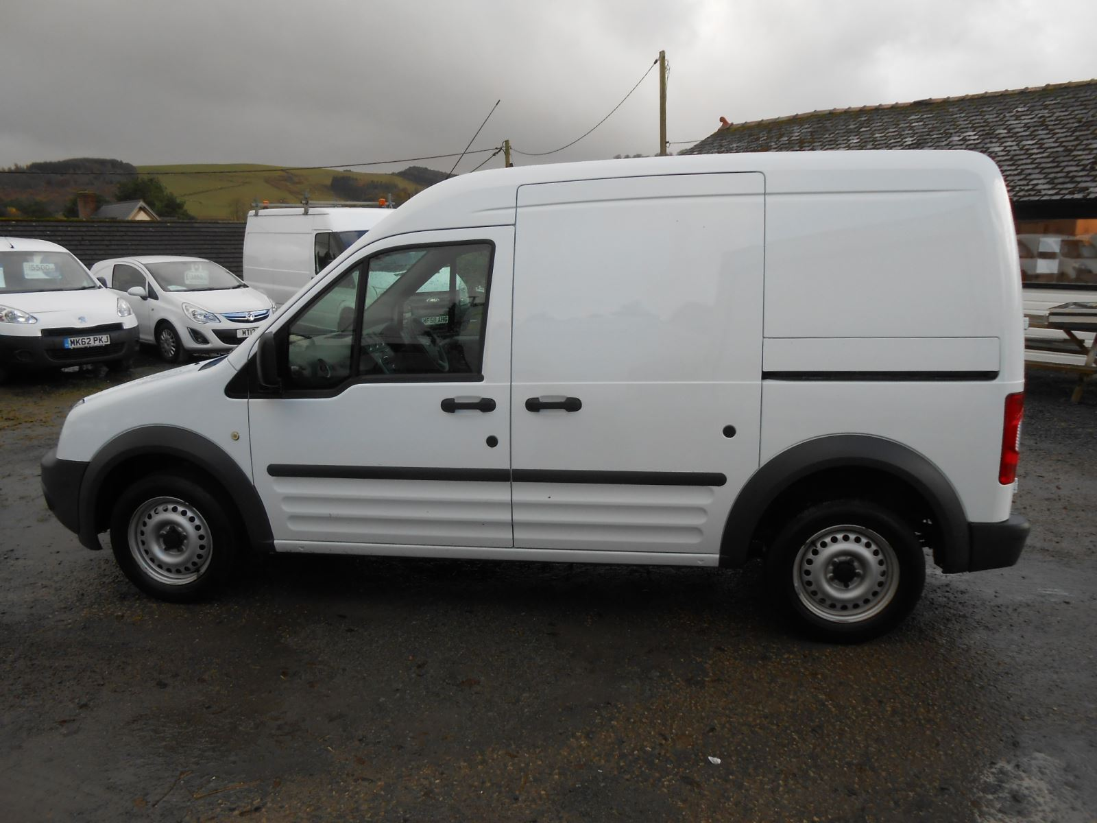 Ford Transit Connect 1 8 Tdci T230 Lwb High Roof Car For